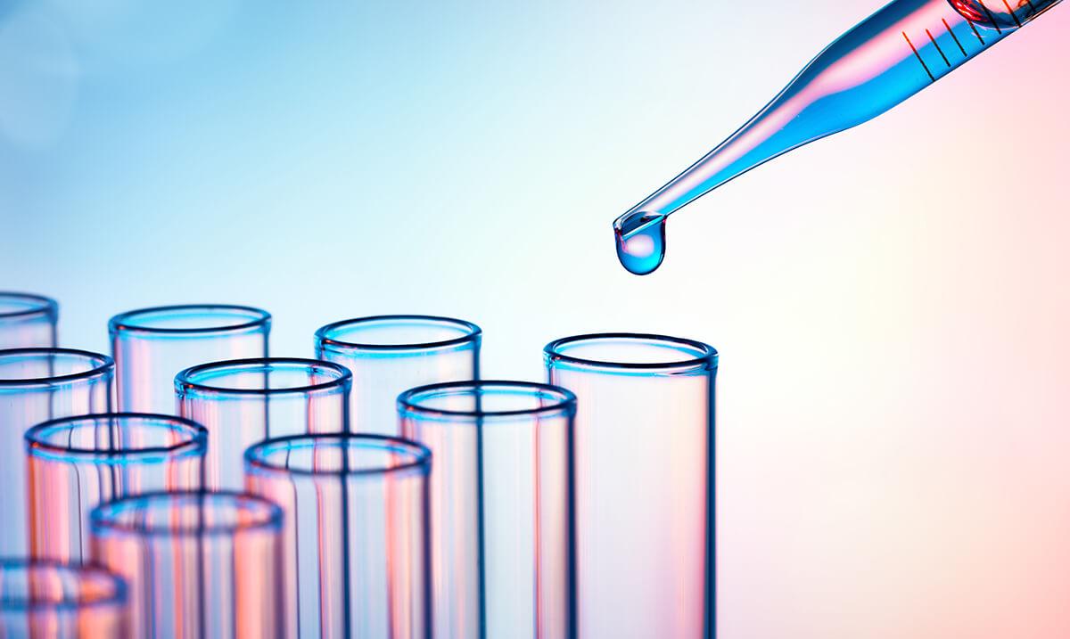 E-liquide naturel sans propylène glycol, sans arôme et sans glycérine végétale Végétol® - Pourquoi les e-liquides Végétol® ne contiennent pas d'éthanol ?
